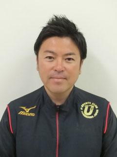 コーチ 根津 賢太郎